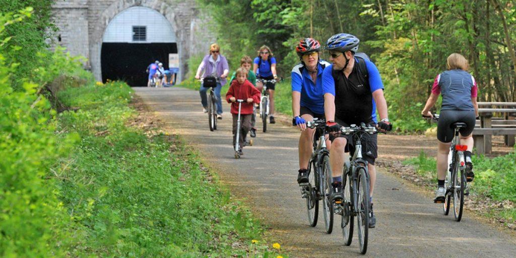Milseburg-Radweg mit Fahrradtunnel